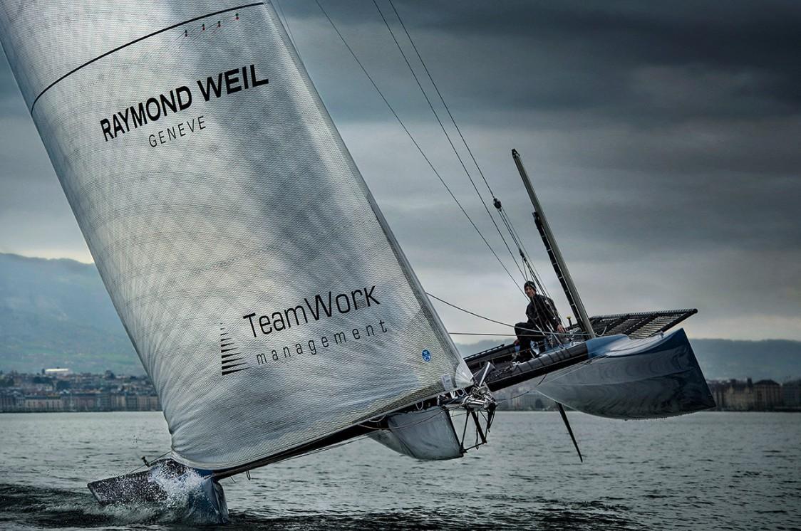 蕾蒙威成为 REALTEAM 帆船队官方计时