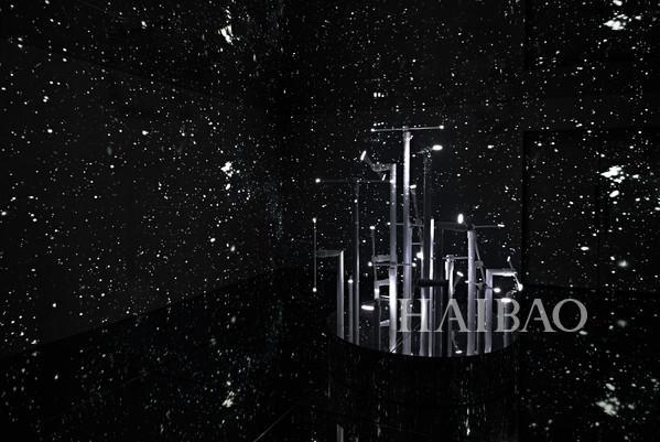 香奈儿#非黑即白#——J12多维体验