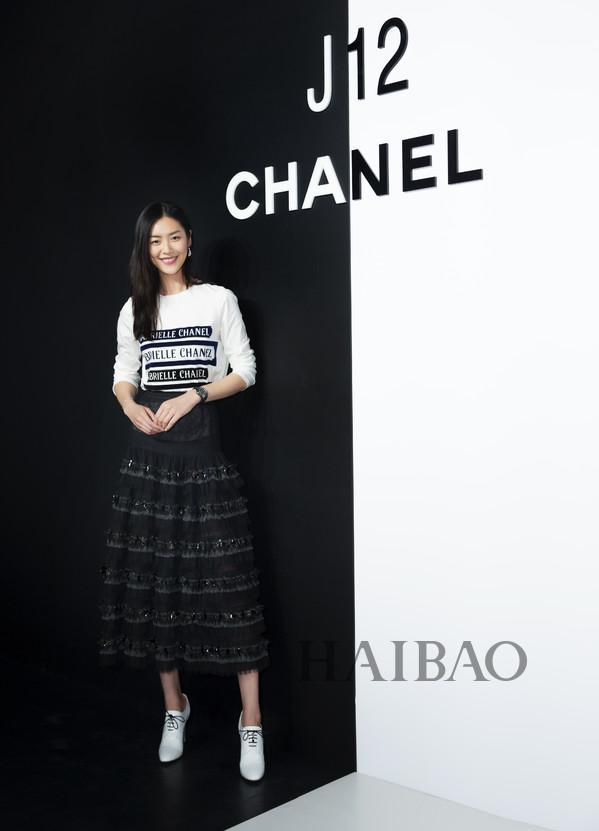 香奈儿中国腕表形象大使刘雯