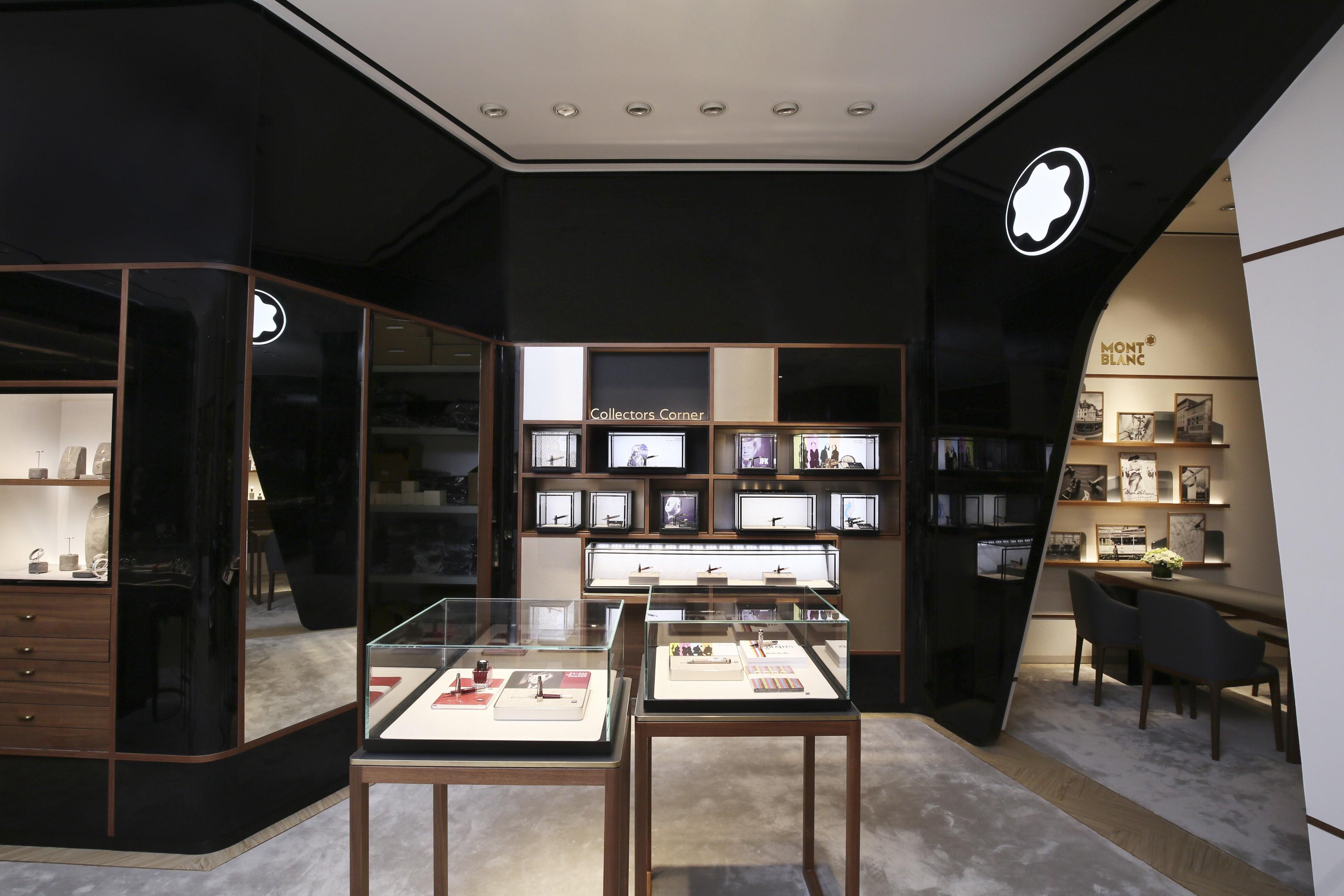 创造巅峰 始于此刻 万宝龙携手品牌大使杨洋揭幕高级制表巡展重庆站