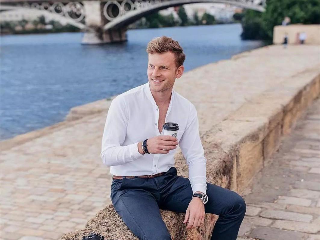 30岁的男人戴什么表最有品味?