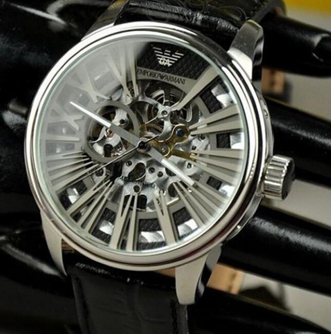 阿玛尼和CK手表哪个好_(外观、机芯、价格)方面PK