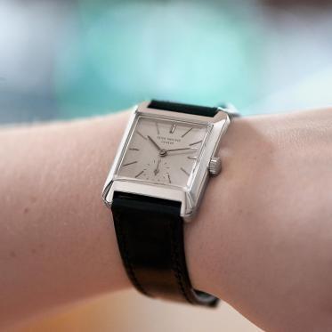 说明:49-PatekPlatinum-wrist