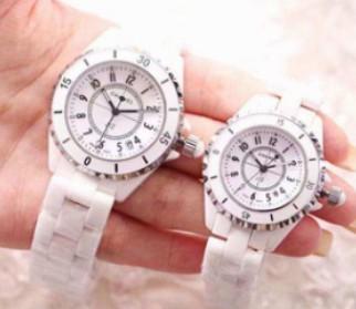 女士买多大尺寸手表,女生应该戴多大尺寸的手表呢?