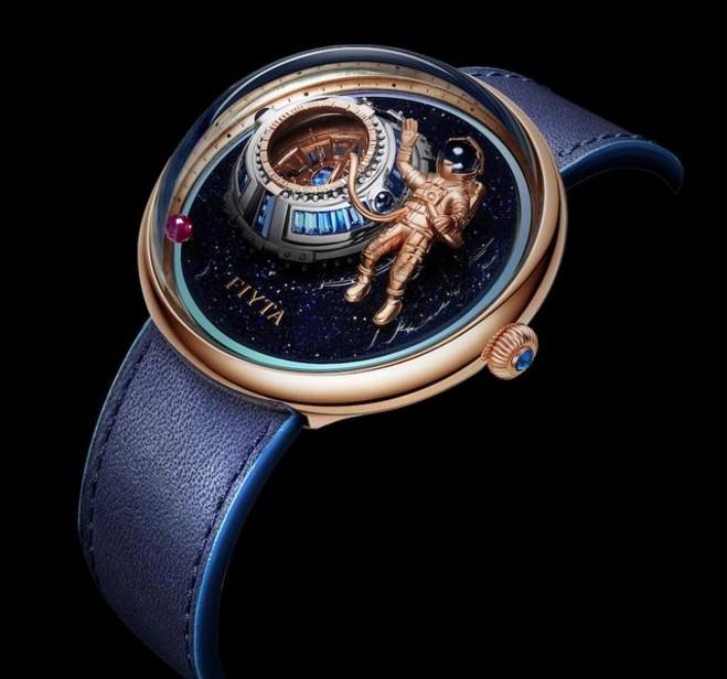 今年飞亚达推出好多款新手表,其中就有一款价值五十万的手表