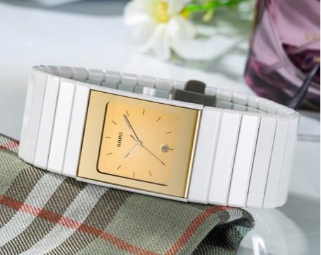 陶瓷手表表带怎么清洗,陶瓷手表表带简单的清洗方法?