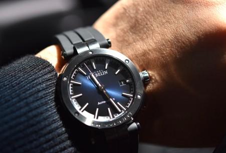 赫柏林手表什么档次,赫柏林手表值得购买吗?