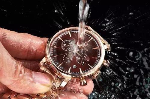 手表防水等级怎么看?拓天马手表进水原因是什么?手表维修